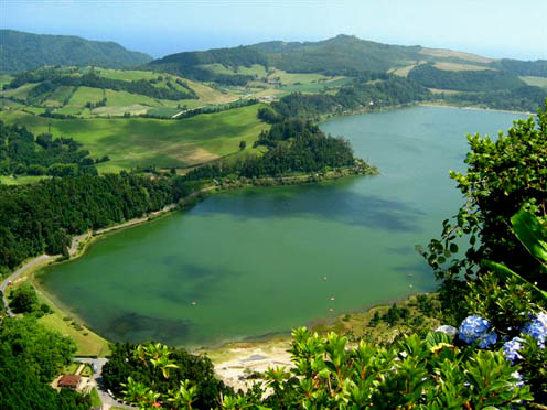 Furnas-lake