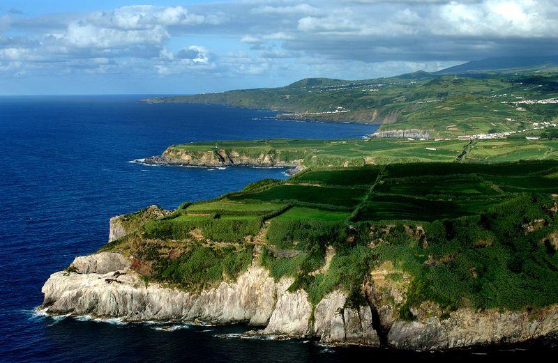 Portas da Cidade in Ponta Delgada - Sao Miguel island - Azores by Associacao de Turismo dos Acores - T09AUH3C (1)
