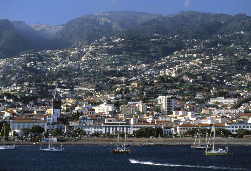 Landscape Funchal Madeira by Jo╞o Paulo - T09AVH0J