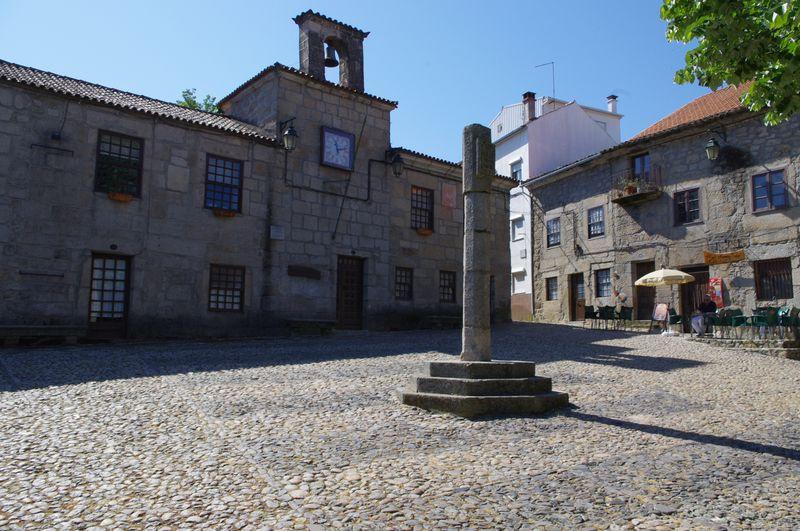 Center_of_the_Town_of_Belmonte_--_A_Center_for_Crypto-Judiasm_-_Apr_2011