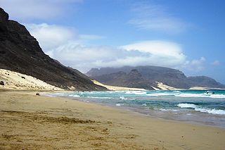 320px-Praia_Grande_Calhau_(S_Vicente,_Cabo_Verde)