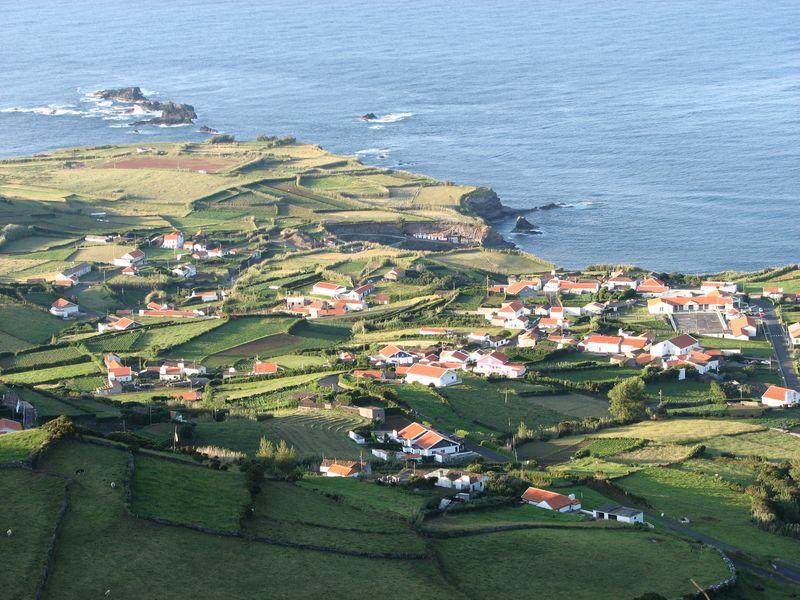 Ponta_Delgada_Flores_Azores_North