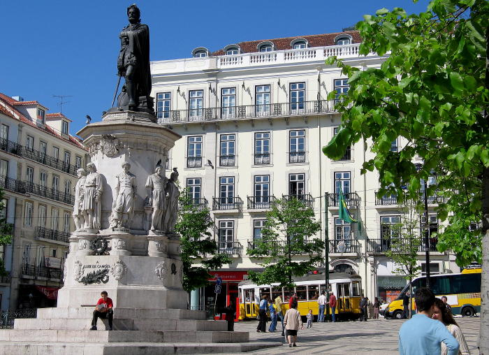 Camoes_monument_in_Lisbon