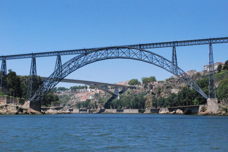 Porto_-_Ponte_de_D._Maria_Pia_e_Ponte_do_Infante