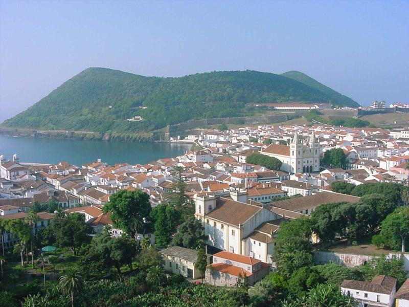 Cidade_de_Angra_do_Heroísmo _ilha_Terceira _Açores