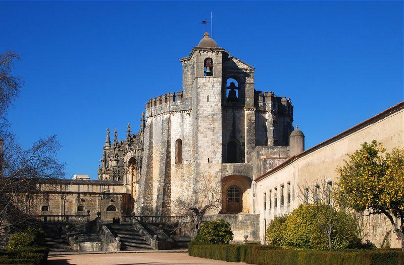 Convento_Cristo_December_2008-8