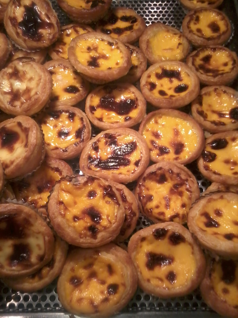 HK_food_Macau_Portuguese_Egg_Tarts_19-Oct-2012