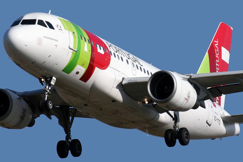 1280px-Airbus_A319-112_TAP_Portugal_CS-TTQ_(8738195863)