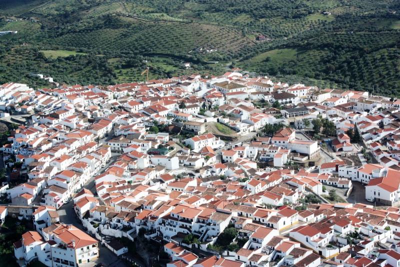 Barrancos_-_Portugal_-_panoramio_(1)