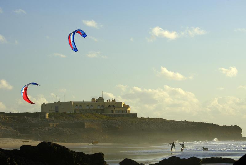 Guincho - Kitesurf by Estoril Tourism Board