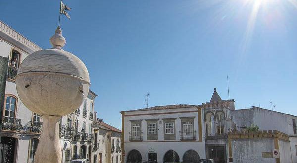 Portas-Moura-Evora-11-600x330