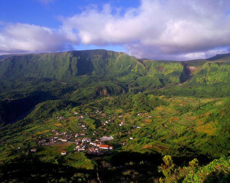 Landscape in Flores island - Azores by Associaç╞o de Turismo dos Açores - T09AUH2J
