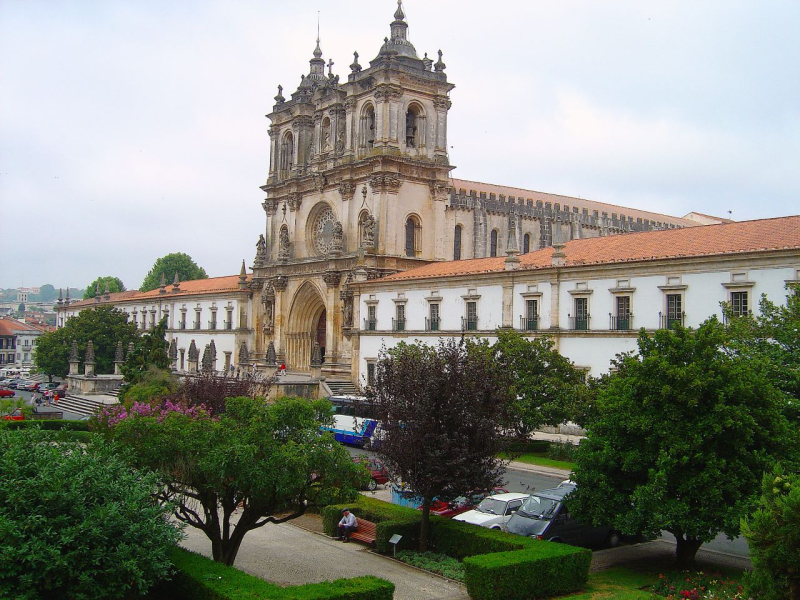 Mosteiro_de_Alcobaça_(Portugal)