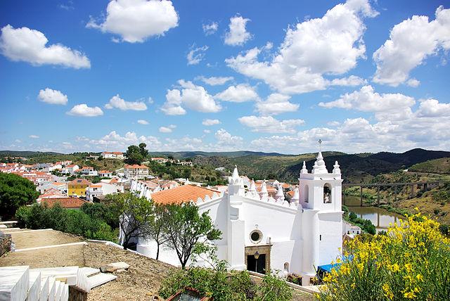 640px-Igreja_de_Nossa_Senhora_da_Anunciação_ Matriz _de_Mértola