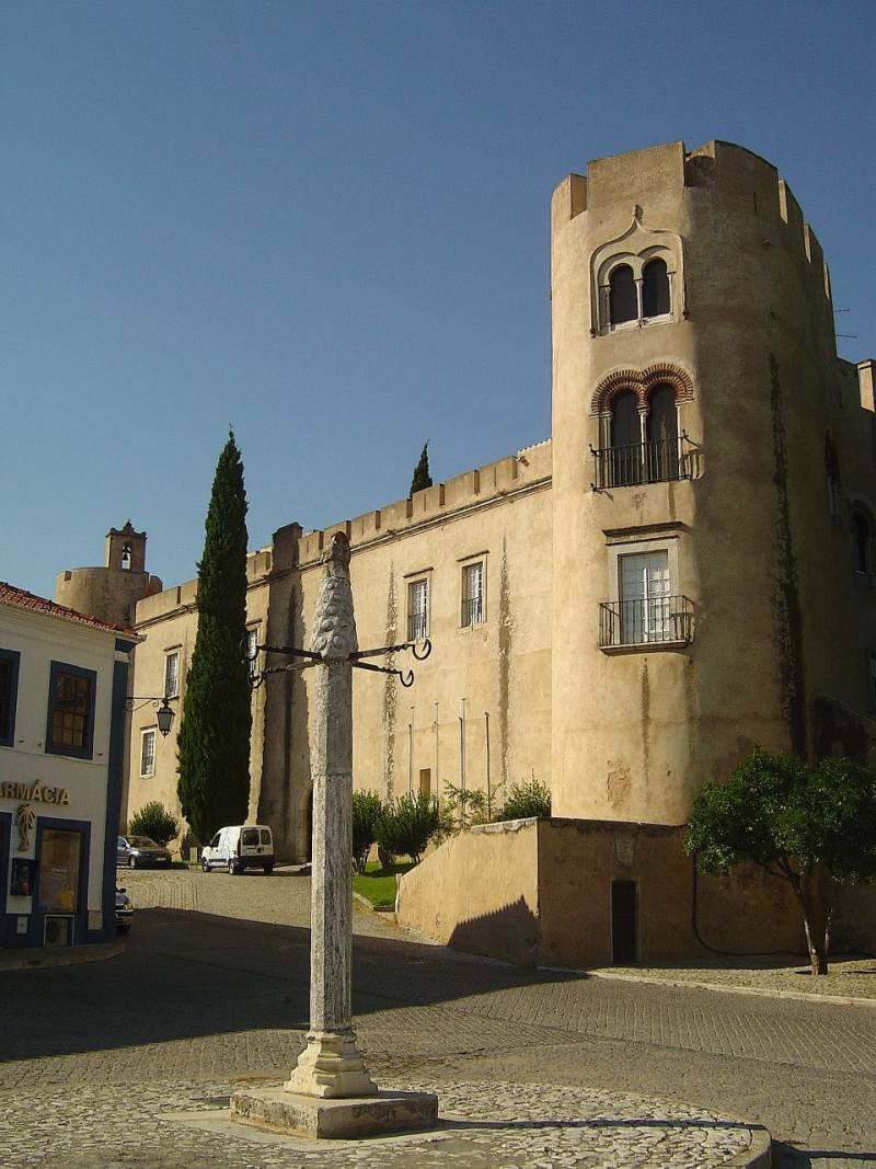 Castelo_de_Alvito_(Portugal)2